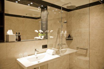 Badezimmer-Goldhotel